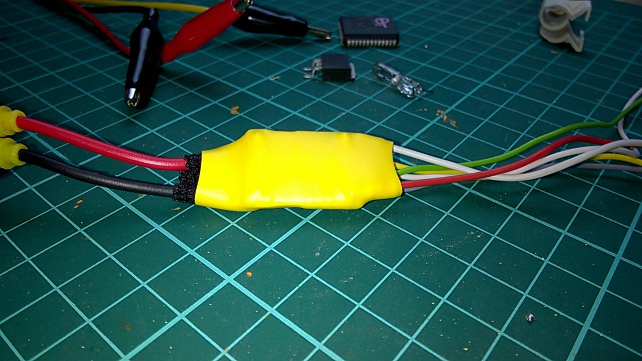 step_down_voltage_regulatore